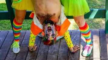 The Clowns-3
